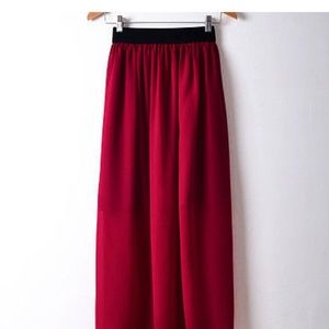 NWOT Size small burgundy skirt